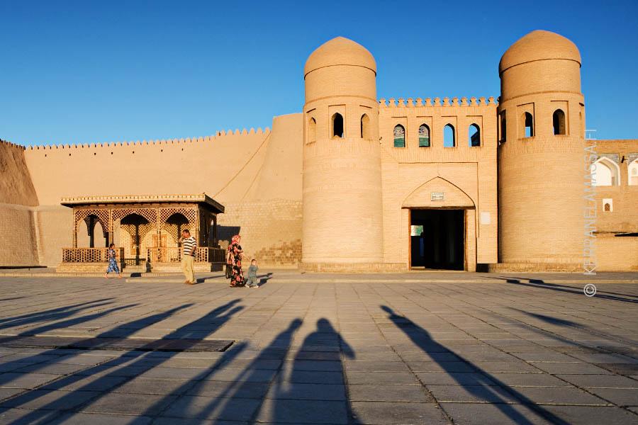 Kiertomatkoilla pääsee maailman eksoottisimpiin maihin, kuten vaikkapa Uzbekitaniin.
