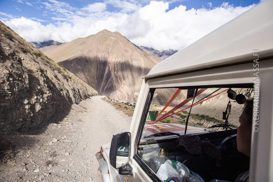 Nepal-liikkuminen