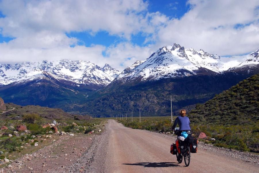 Matkaan voi lähteä myös pyörällä. Kuva: Vera & Jean-Christophe, Flickr CC