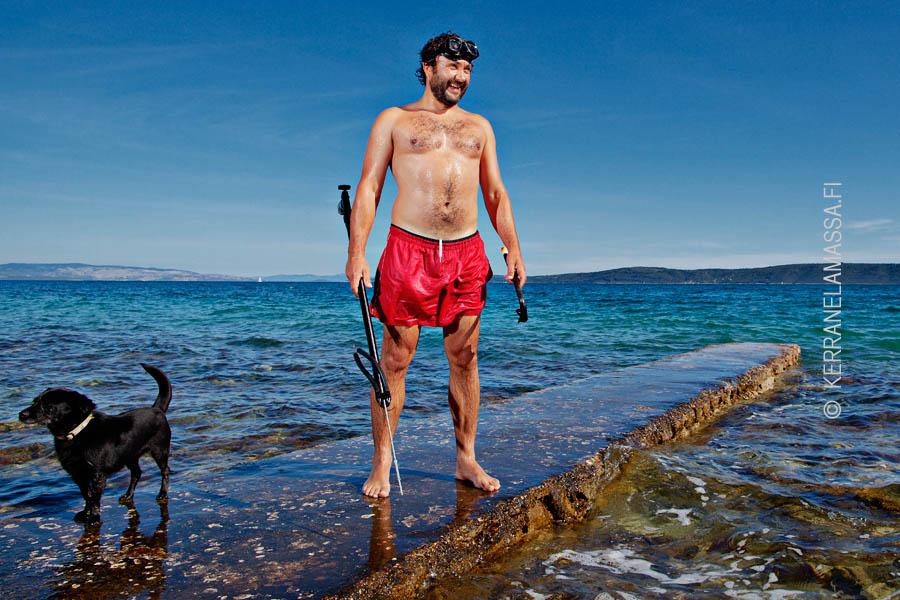 dalmatia kroatia harppuunakalastaja