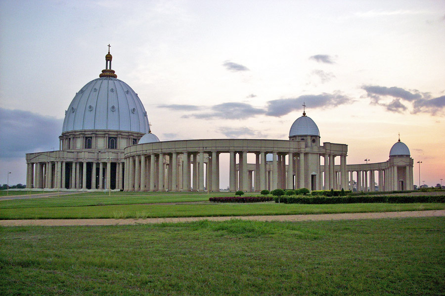 norsunluurannikko-kirkko