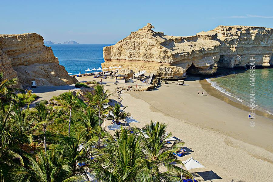 Muscatin Shangri-La-hotellin ranta kuuluu Omanin hienoimpiin.