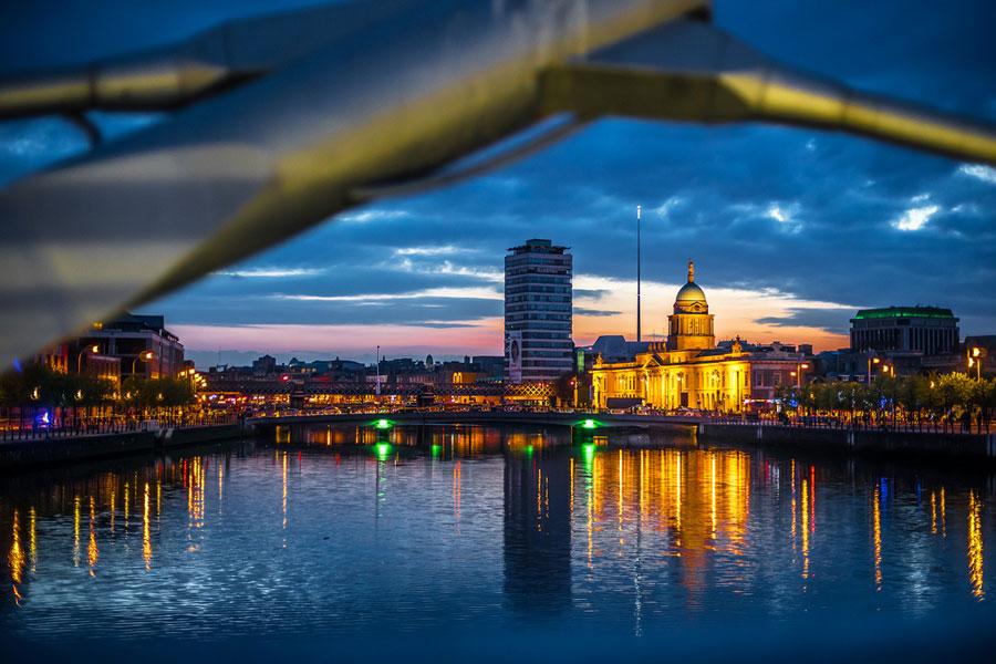 Dublinin öisiä näkymiä. Kuva Giuseppe Milo, Flickr CC