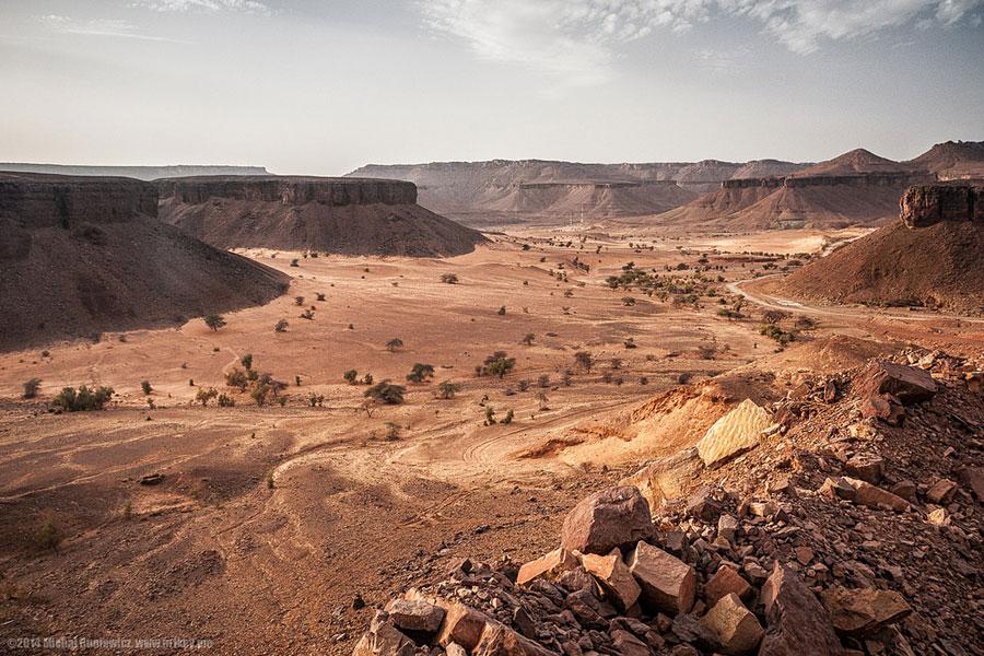 Saharan maisemia.