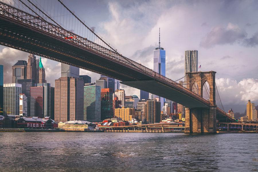 Brookly Bridge on yksi maailman kuuluisimmista silloista. Kuva: Andres Nieto Porras, Flickr CC