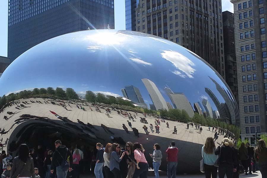 Cloud Gate -patsas on Chicagon selfie-kuningas.