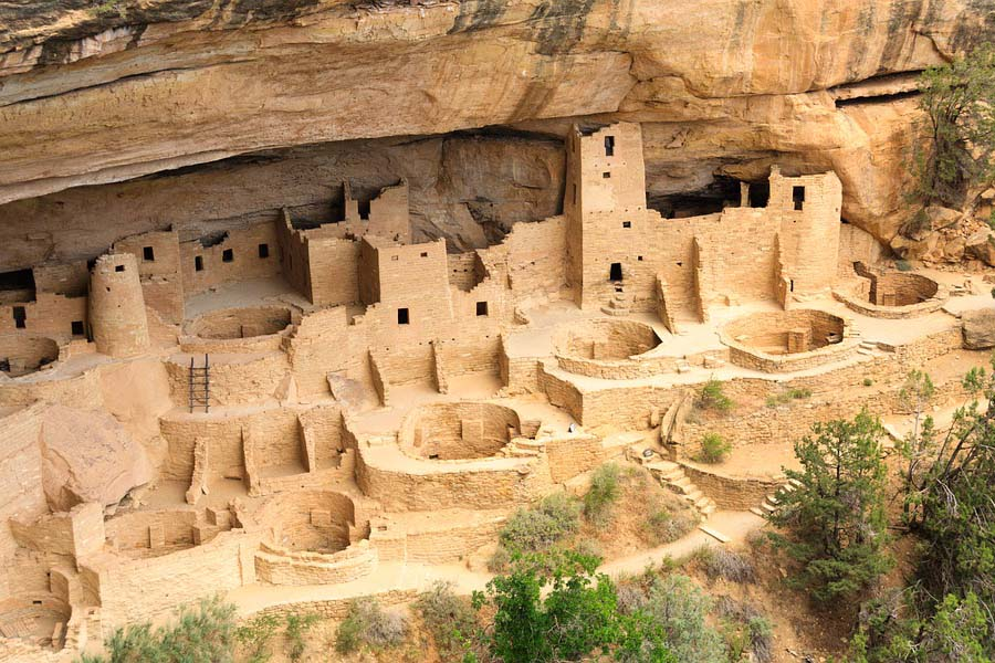 Mesa Verden intiaanikylä lähes tuhannen vuoden takaa.