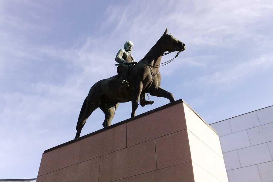 Mannerheimin ratsastajapatsas. Kuva: Lauri Rantala, Flickr CC