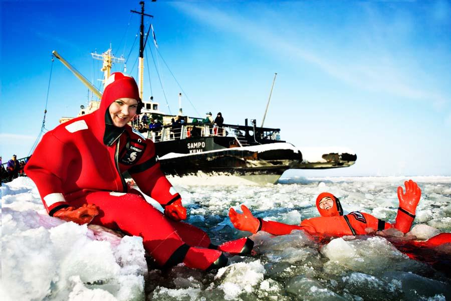 Päivä jäänmurtaja Sampon kyydissä on elämys. Kuva: Visit Finland.