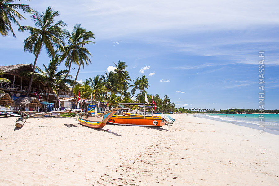 Trincomaleen Uppuveli Beach on kaunis ja rauhallinen hiekkaranta Sri Lankan itärannikolla.