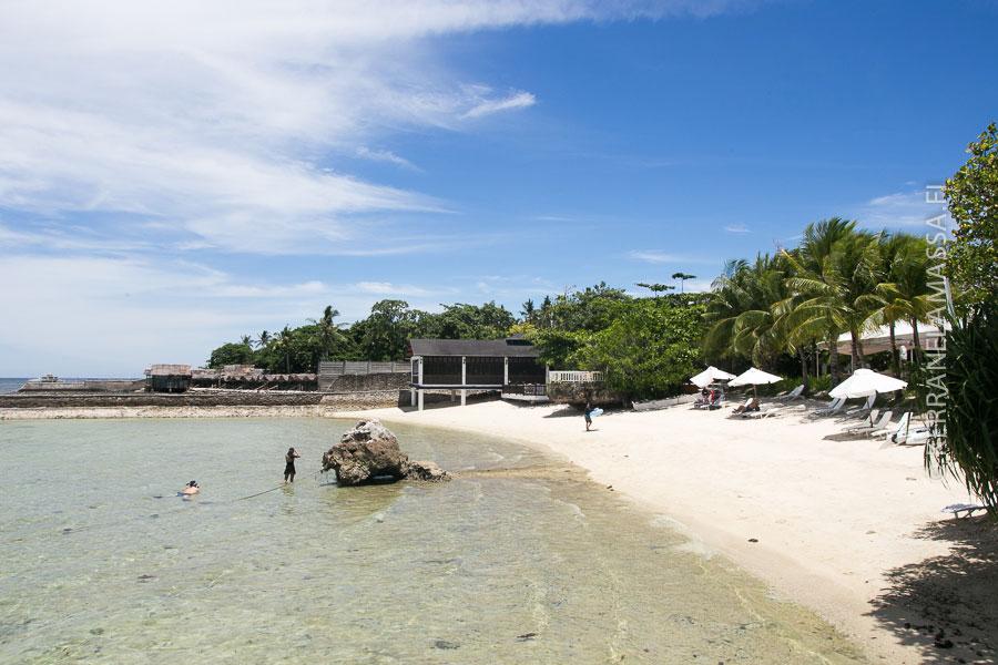 Mactan-saaren rantaa Plantation Bayn edustalla.