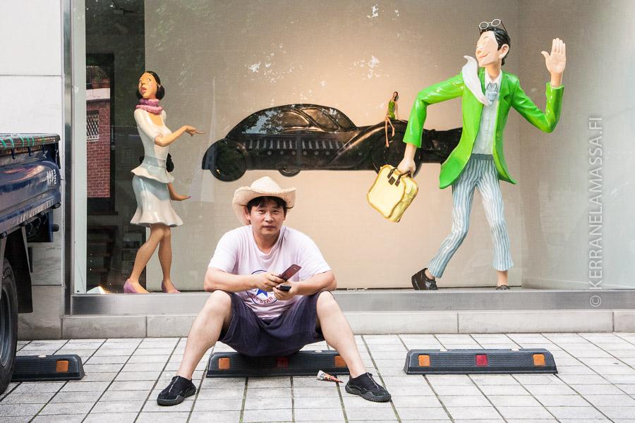 Taidegalleriat ovat näkyvästi läsnä Soulin katukuvassa.