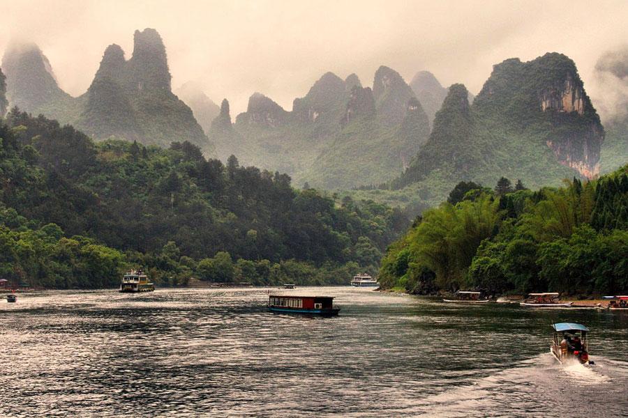 Li-joen maisemat ovat kuin itämaisesta sadusta. Kuva: Grey World, Flickr CC