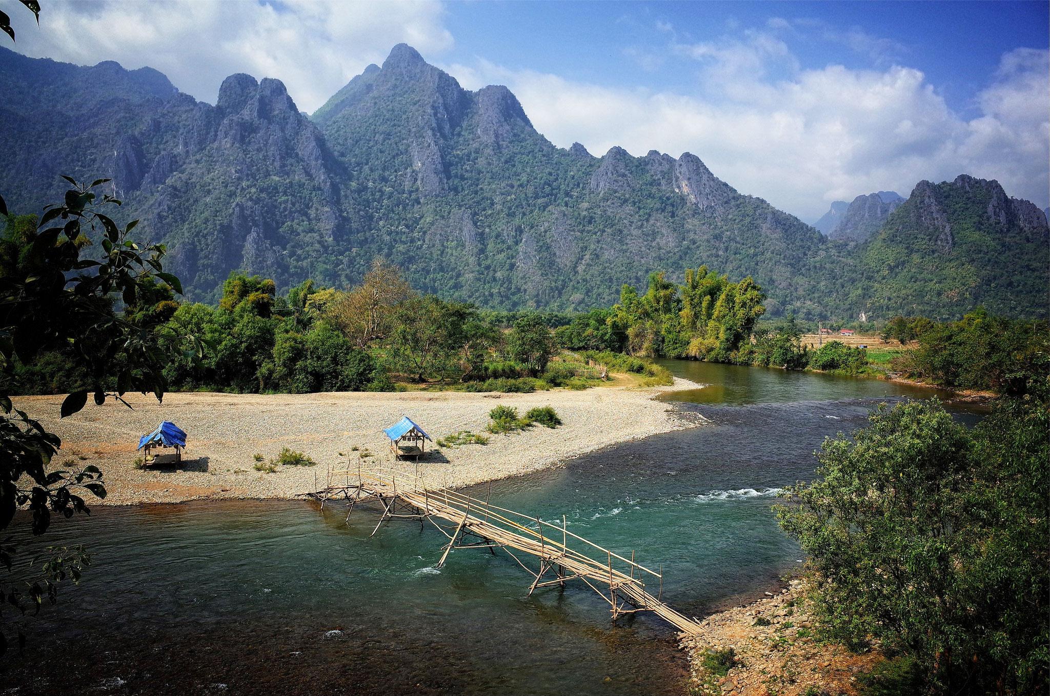 Tällaiselta Laos näyttää. Vang Viengin maisemia. Kuva: Basil Strahm, Flickr CC