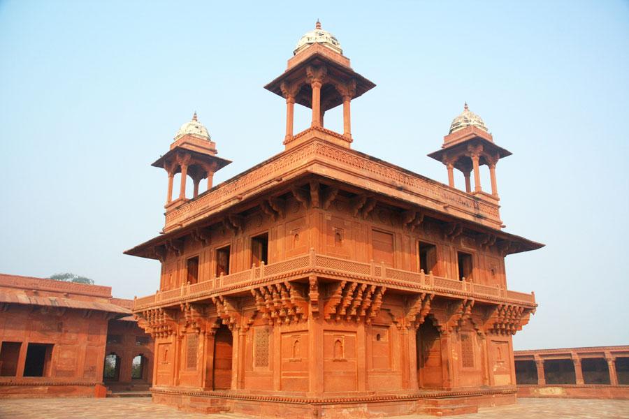 Agran lähellä sijaitseva hylätty kaupunki Fatehpur Sikri on säilynyt moguliajoista. Kuva: mauro gambini, Flickr CC
