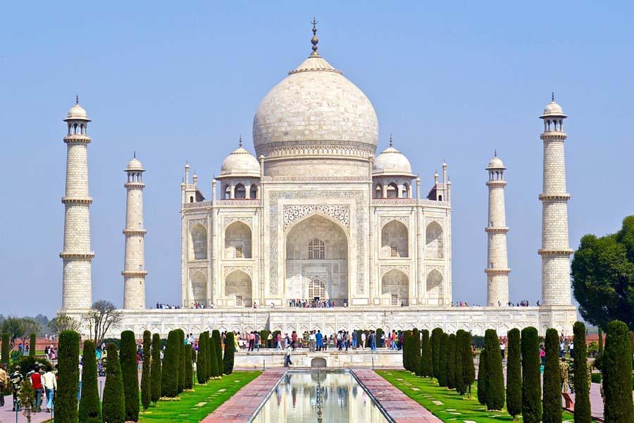 Taj Mahal on maineensa ansainnut: se on maailman kaunein rakennus.