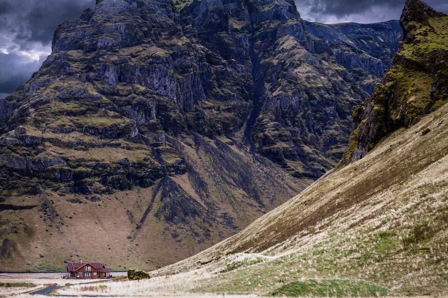 Tällaisissa maisemissa viikinkisankarienkin on kehdannut asua. Kuva: Andrés Nieto Porras, Flickr CC