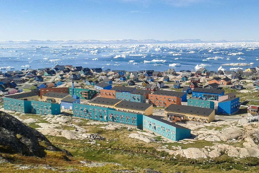 Ilulissat sijaitsee upealla paikalla.
