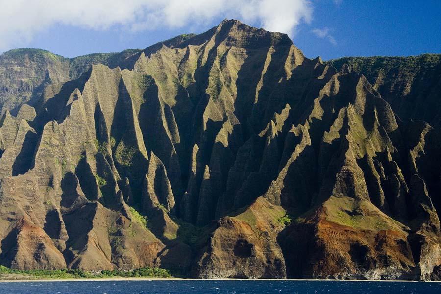 Kauai-saaren Na Pali -rannikko on kuuluisa kauneudestaan. Kuva: Jonathan Goforth, Flickr CC
