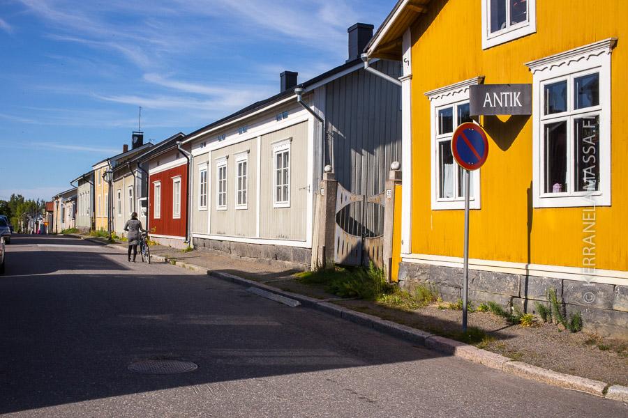 Neristan kuuluu Suomen näteimpiin puutalokaupunginosiin.