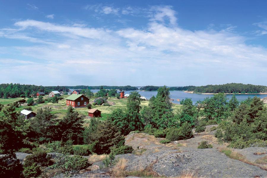 Gullkronan kylä Korppoossa edustaa hyvin Saaristomeren idylliä. Kuva: Udo Haafke