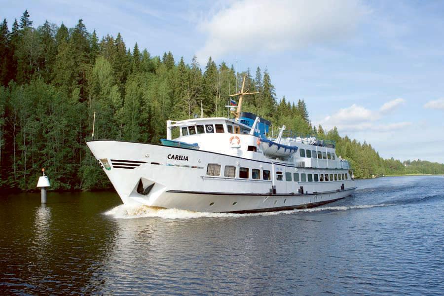 MS Karelia vie Lappeenrannasta Saimaan kanavaa pitkin Pietariin – eikä viisumia tarvita.
