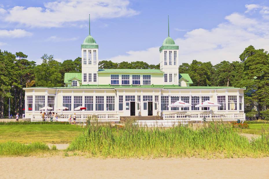 Hangon Casino on vaikuttava ilmestys. Kuva: Jussi Hellsten