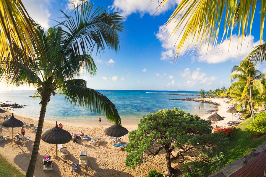 Hotellit ovat Mauritiuksella kalliita, mutta myös edullisia majataloja löytyy. Kuva: The Travel Manuel, flickr CC