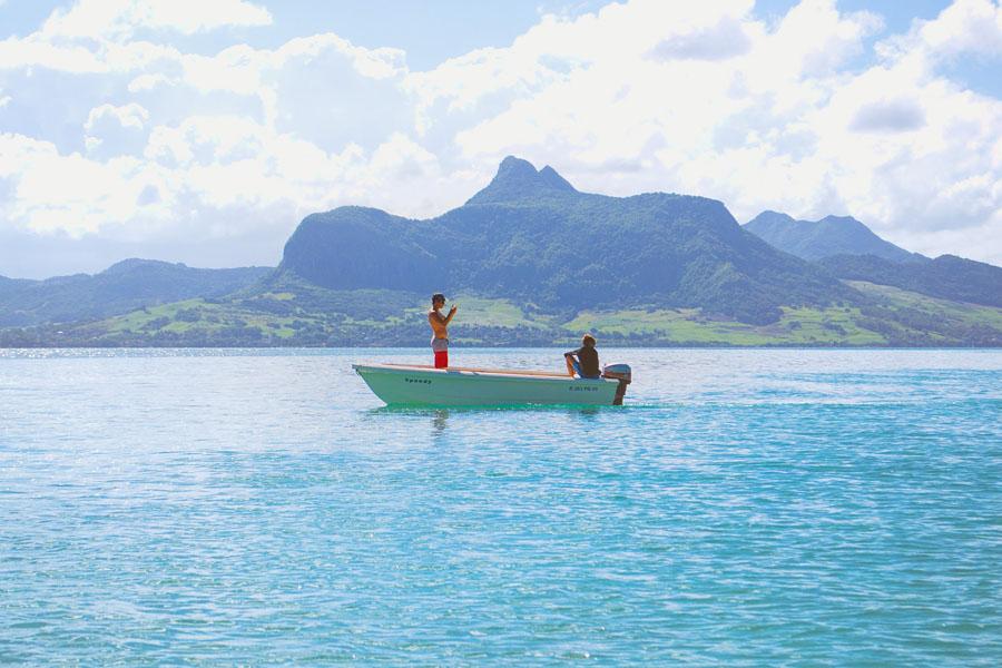 Vuoret antavat ilmettä Mauritiukselle. Kuva: The Travel Manuel, flickr CC