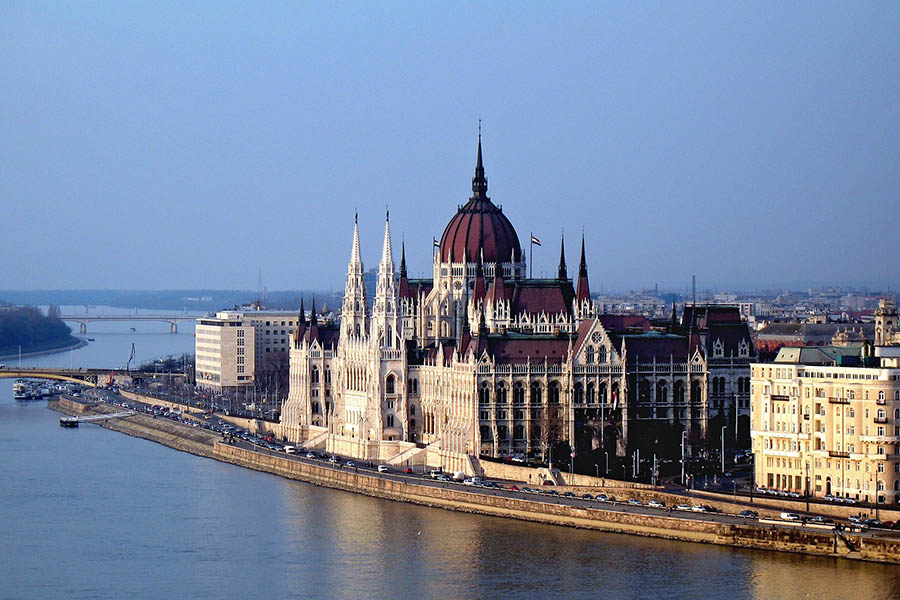 Unkarin parlamenttitalo