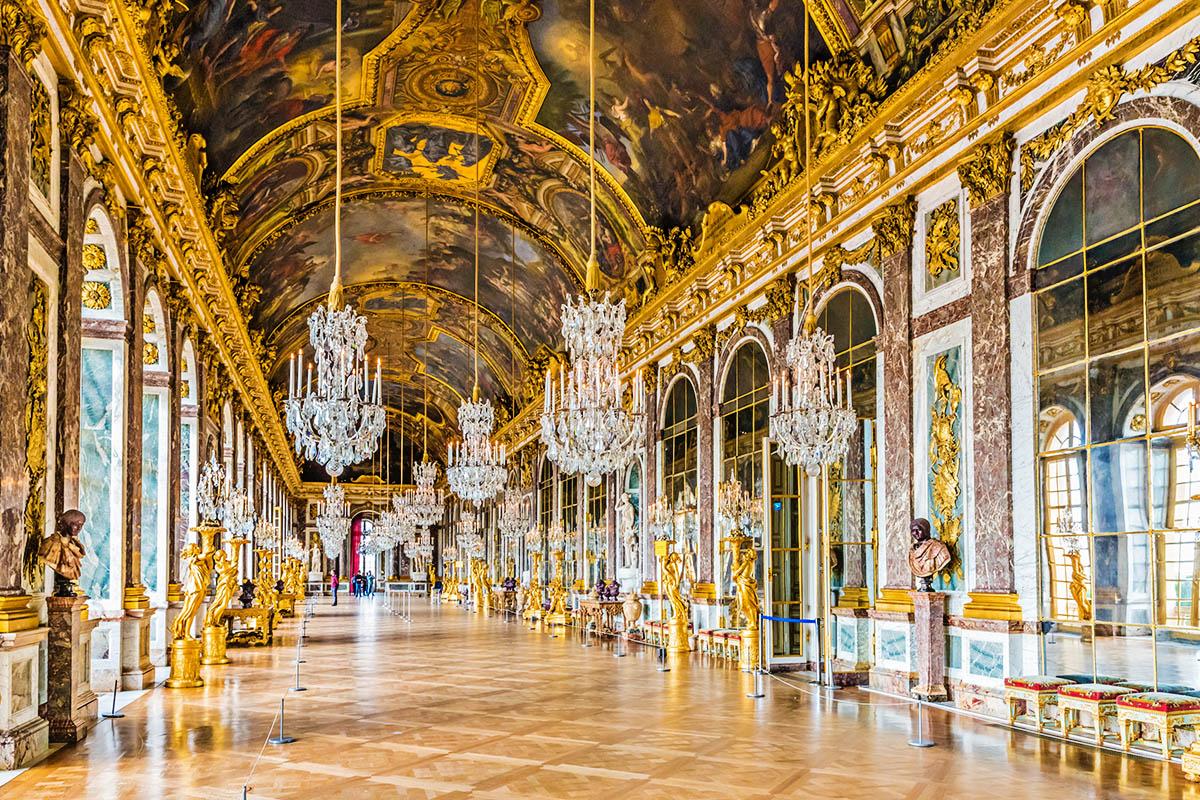Versailles Peilisali