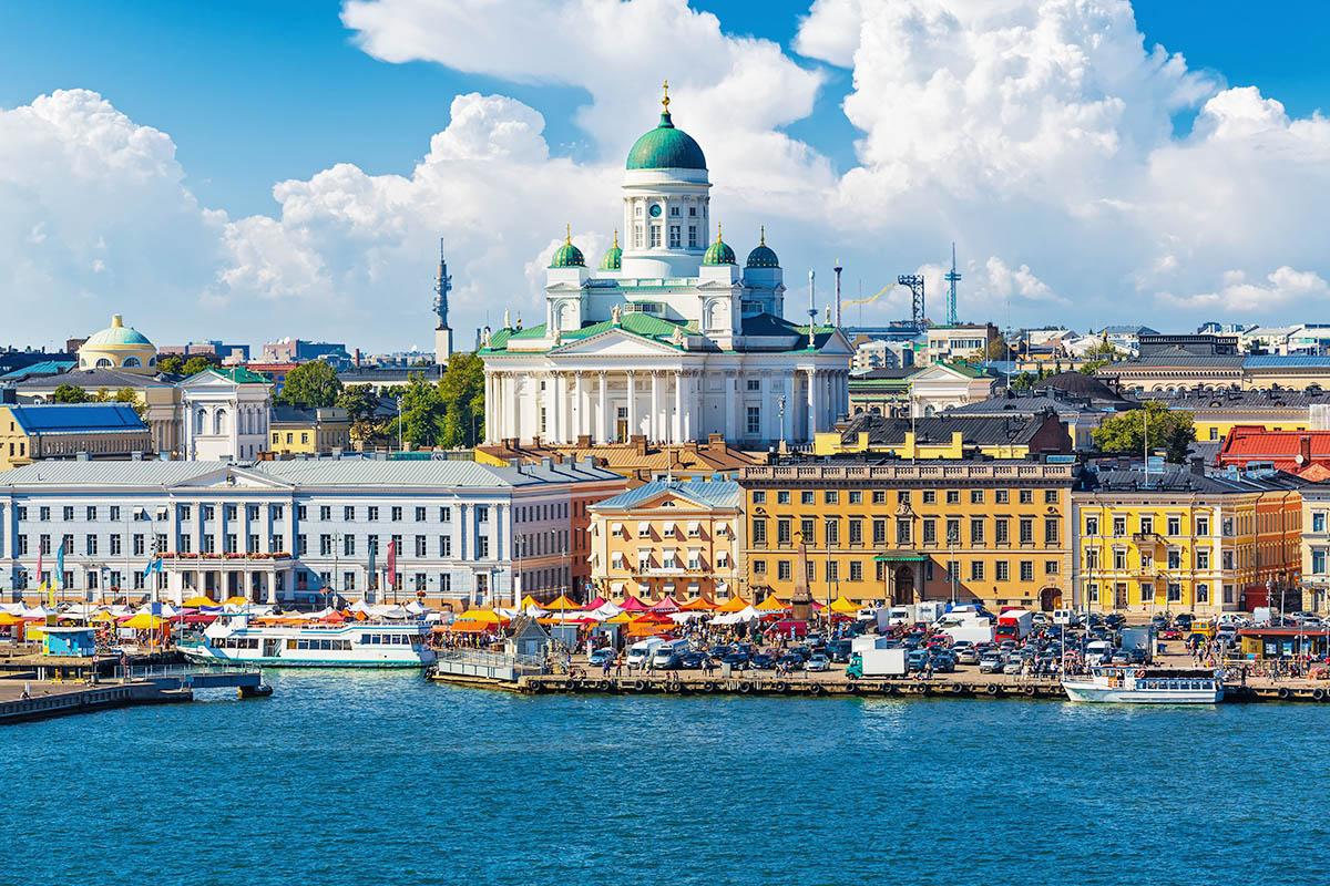 Helsinki Kauppatori Tuomiokirkko
