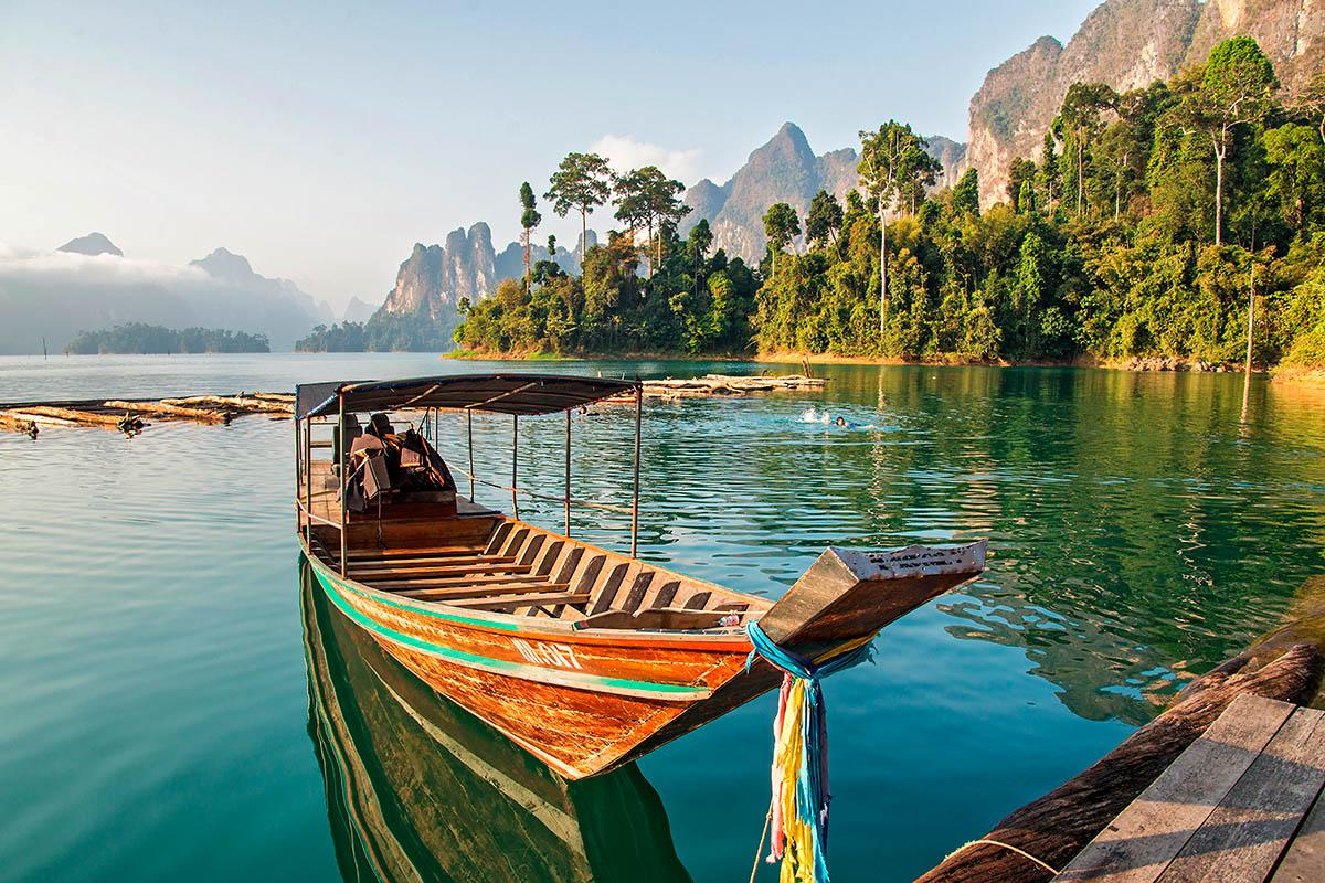 thaimaa khao sok sademetsä järvi