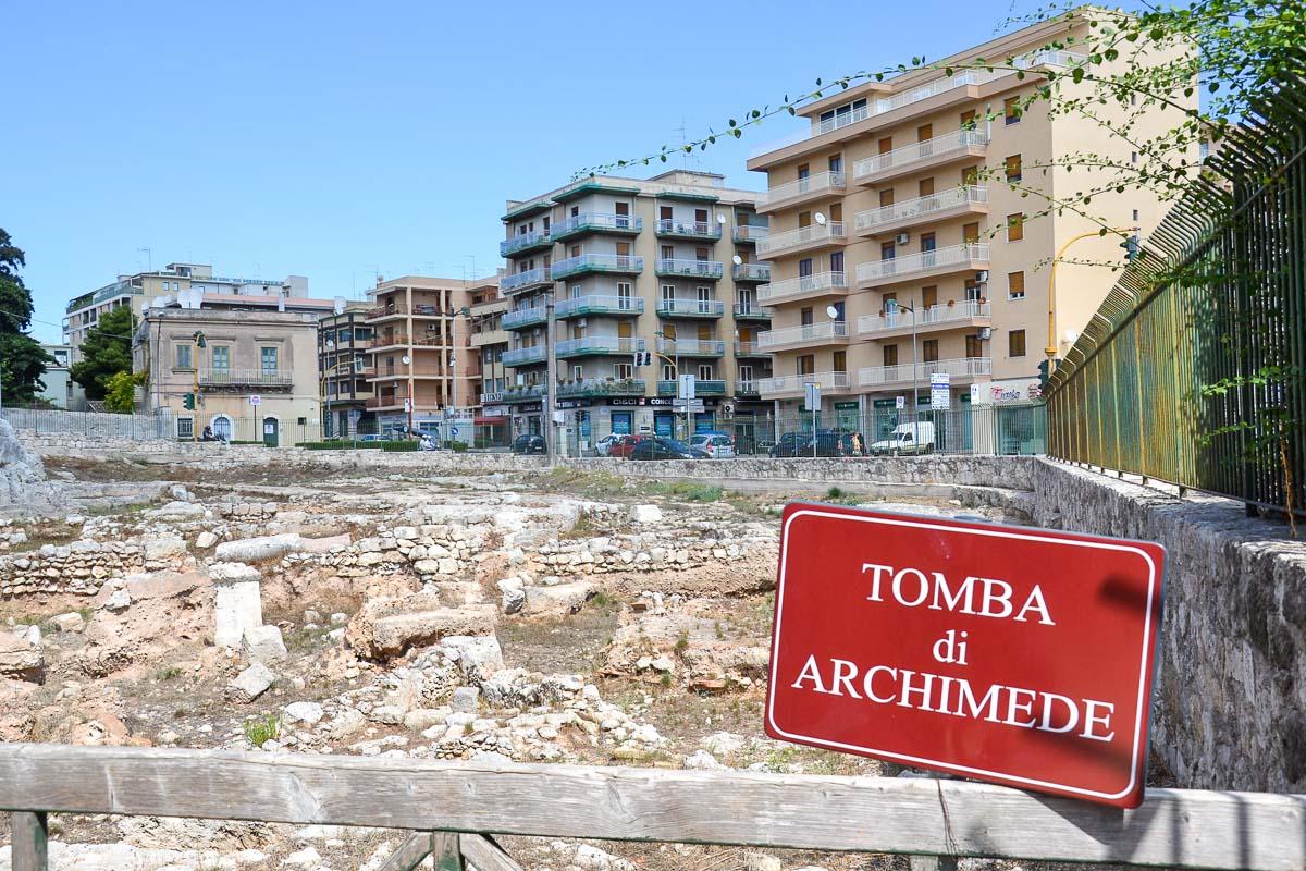 Arkhimedeen hauta