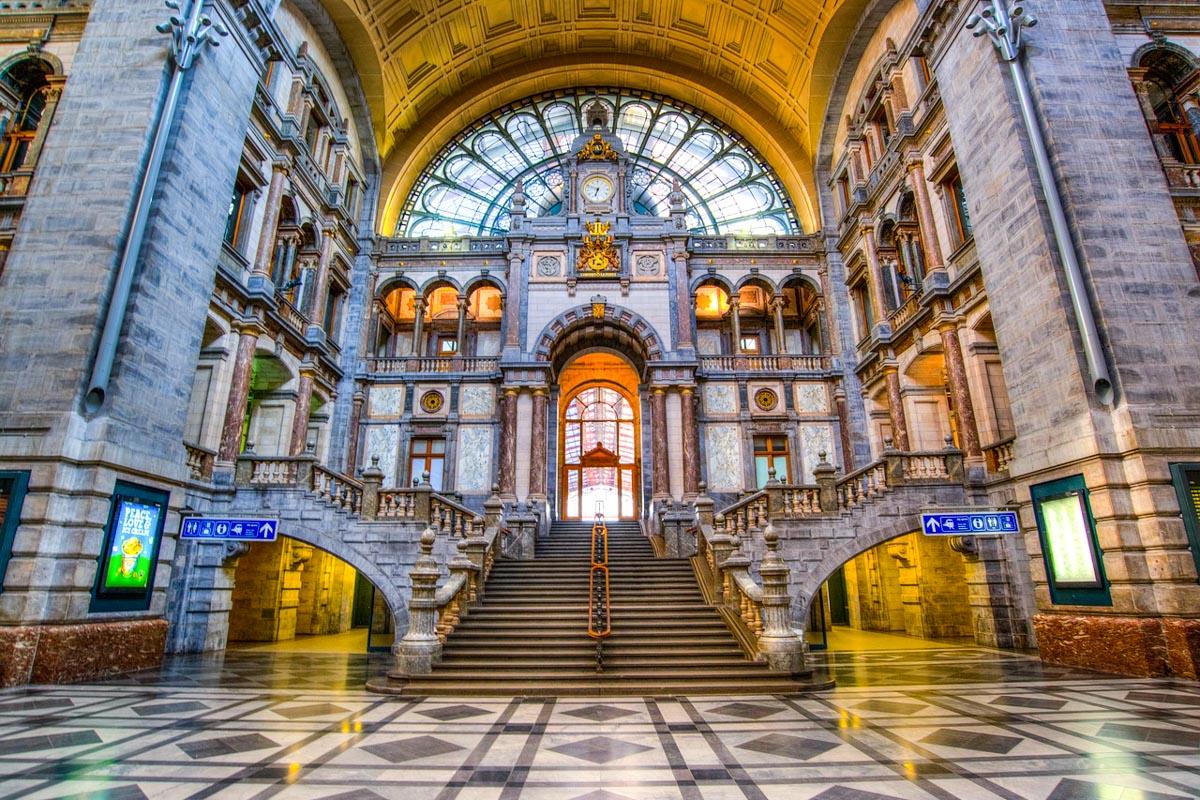 Antwerpen rautatieasema
