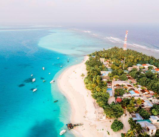 Malediivit edullinen reppureissu