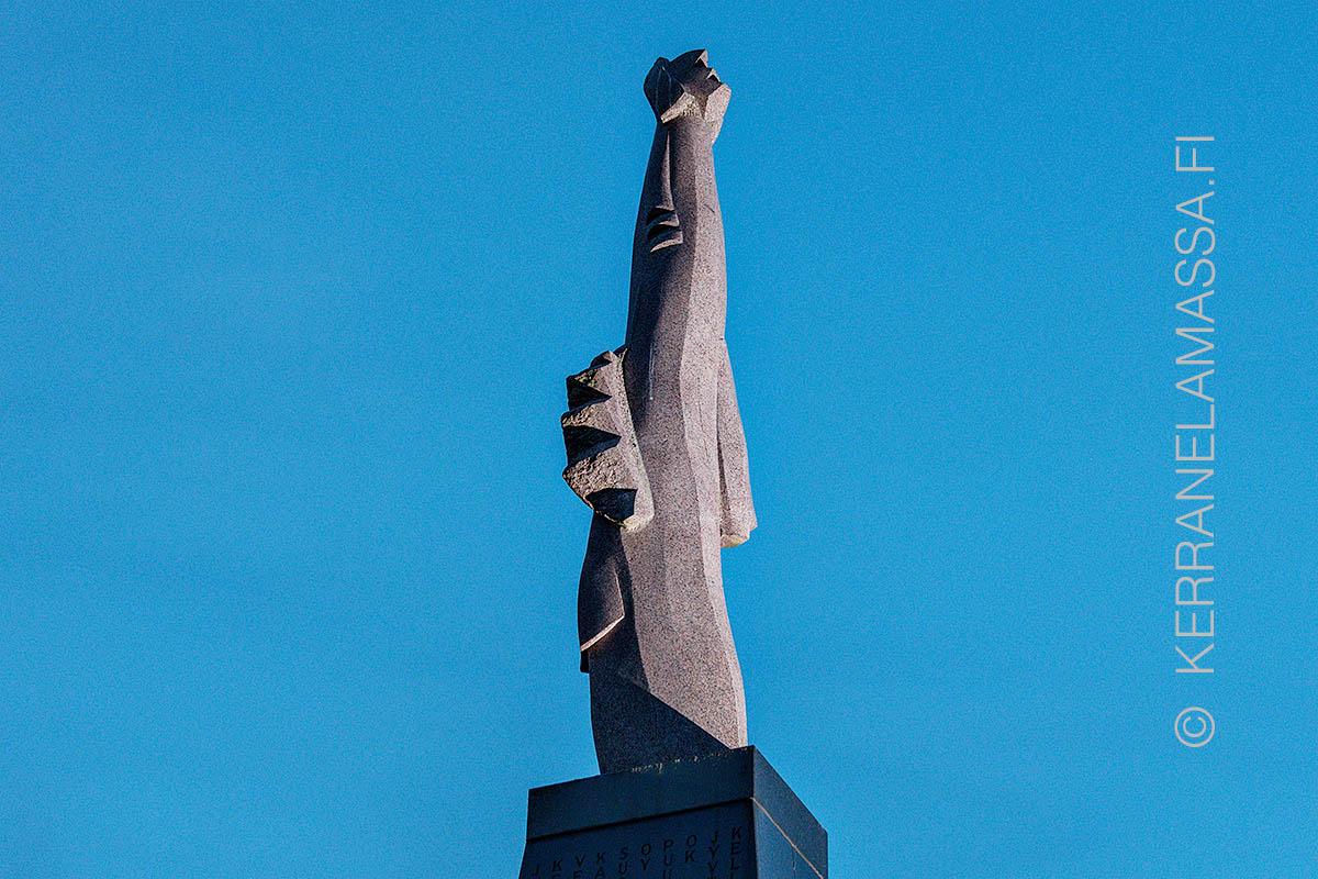 Jyväskylä Torikuningas patsas